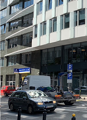 Piękna 20 – it is worth knowing this address in Warsaw,